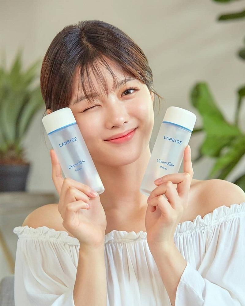Kim Yoo Jung là người mẫu đại diện thương hiệu