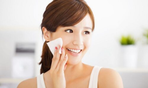 Review 3 loại nước hoa hồng Essance – Bí quyết dưỡng da có thực sự hiệu quả?