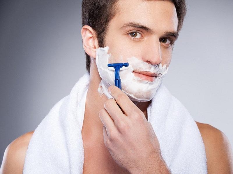 Cetaphil có thể sử dụng như kem cạo râu cho nam giới