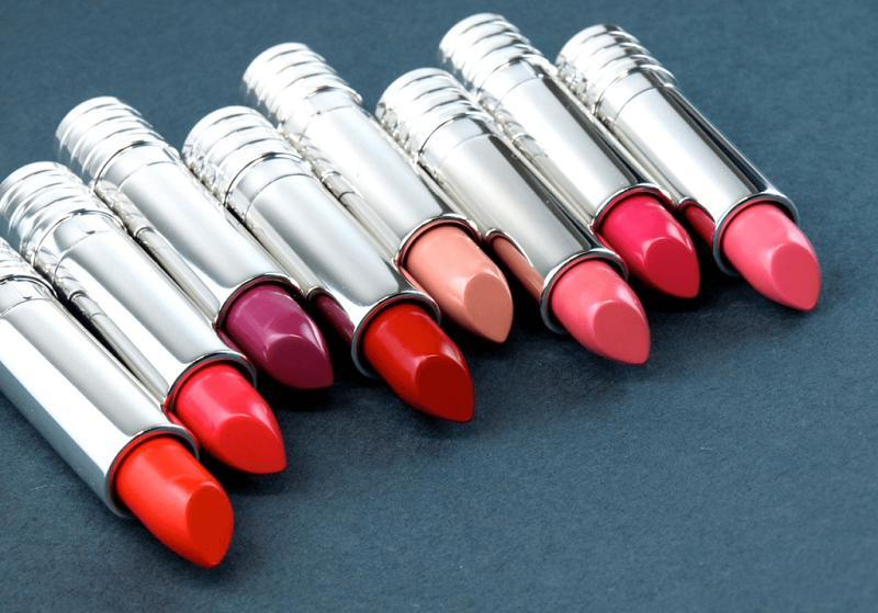 Son Clinique Long Last Lipstick một trong Top 10 son không chì tốt