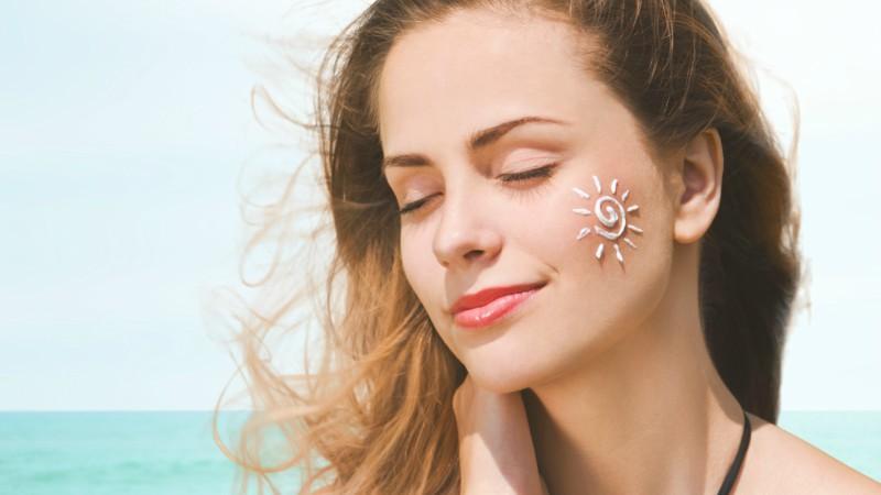 Hướng dẫn cách dùng kem chống nắng đúng cách hiệu quả bảo vệ da cao