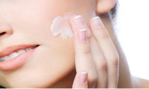 Review 10 kem dưỡng ẩm cho da mặt mà cô nàng nào cũng muốn săn 2021