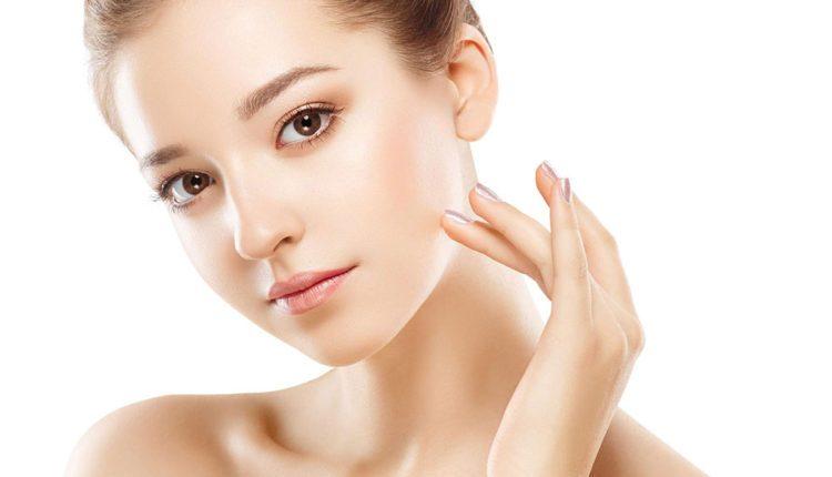 Sản phẩm không chỉ chống nắng vượt trội mà còn dưỡng da và chống lão hóa