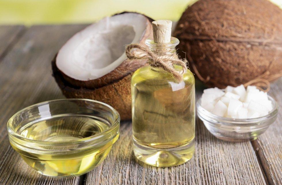 Dầu dừa giúp giữ ẩm tự nhiên cho làn da vượt trội