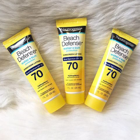 Kem chống nắng Neutrogena Beach Defense Water + Sun Protection Sunscreen Lotion SPF 70