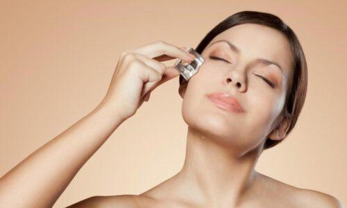 Sau khi nặn mụn có nên chườm đá không? Mẹo chăm sóc da sau nặn mụn không bị thâm