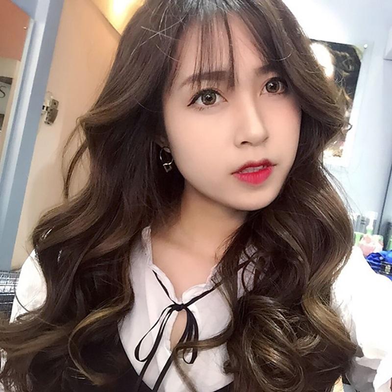 Tóc dài có mái gợn sóng Hàn Quốc