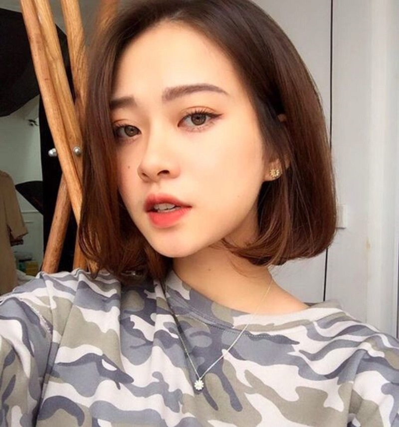 Tóc ngắn uốn cụp Hàn Quốc không mái