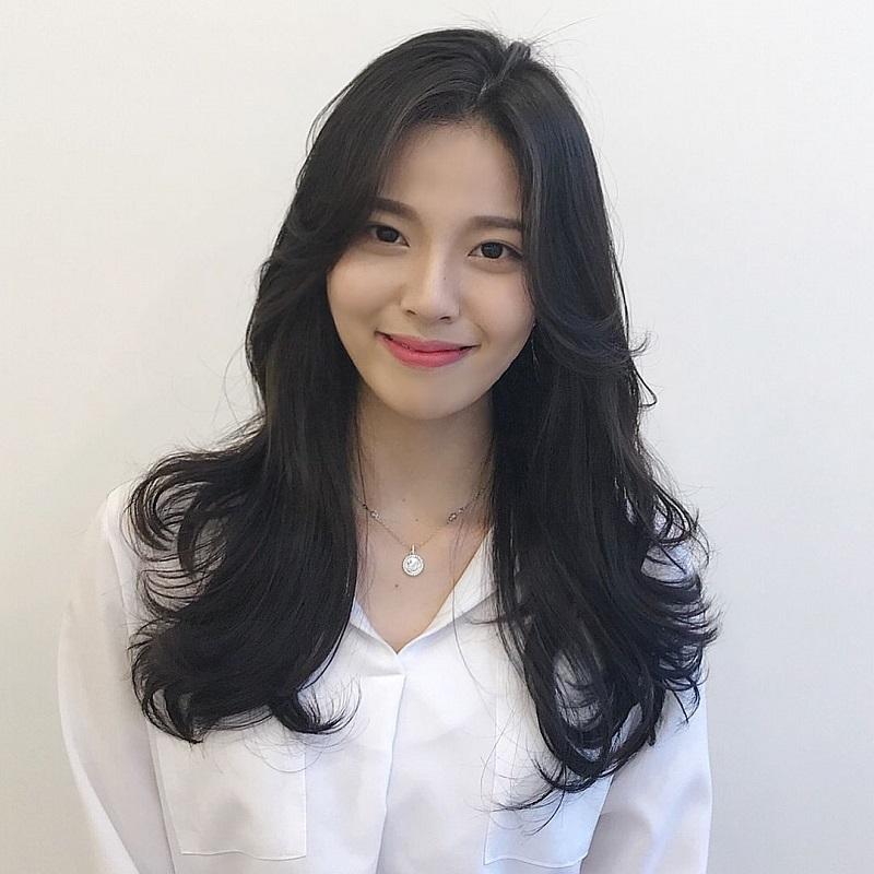 Tóc dài uốn Hàn quốc