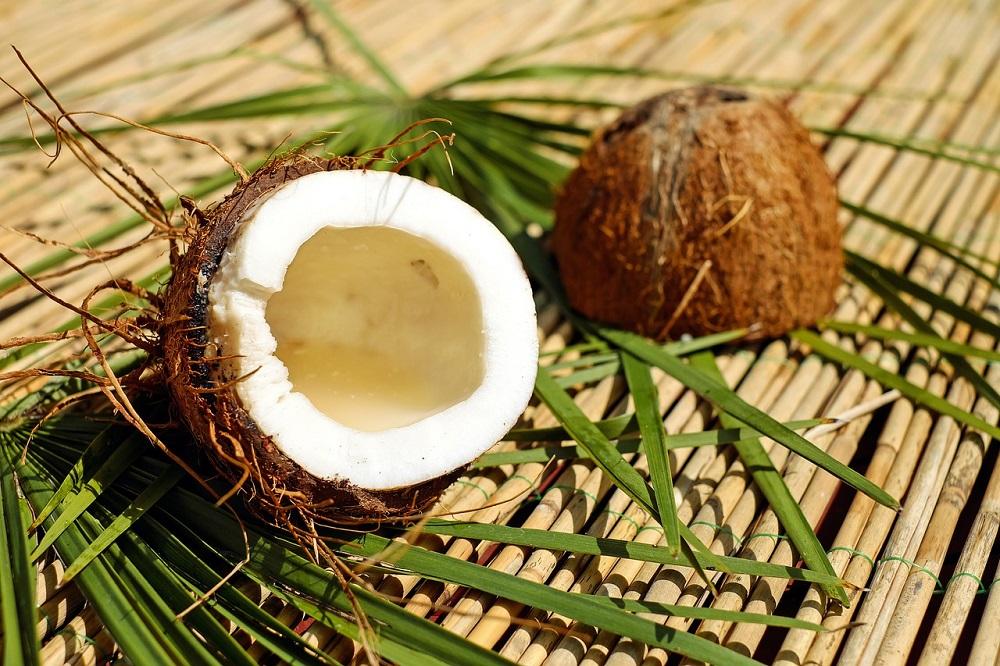 Caprylyl glycol có nguồn gốc từ dầu dừa và dầu cọ