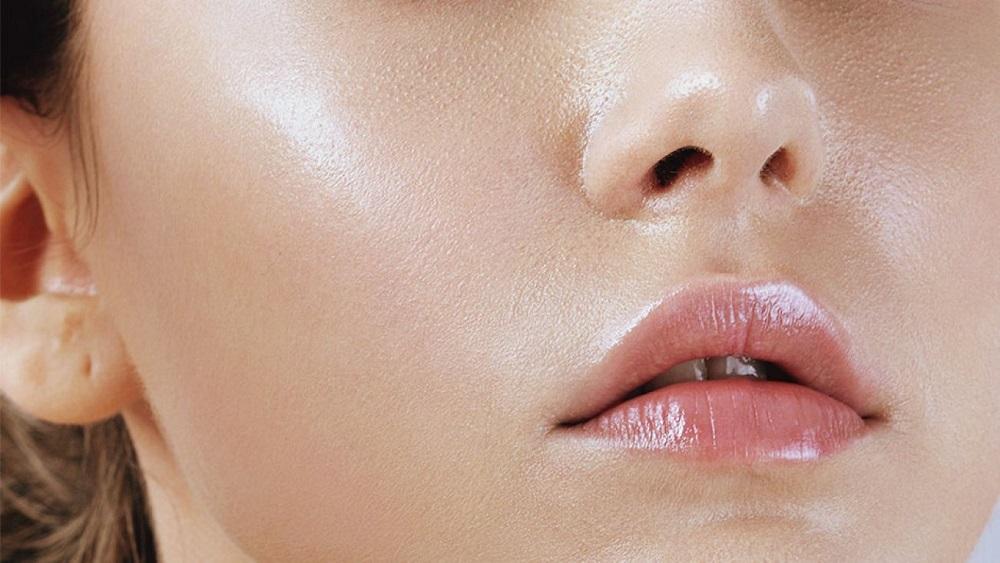 Dimethicone giúp kiểm soát độ bóng trên da sau khi bôi kem