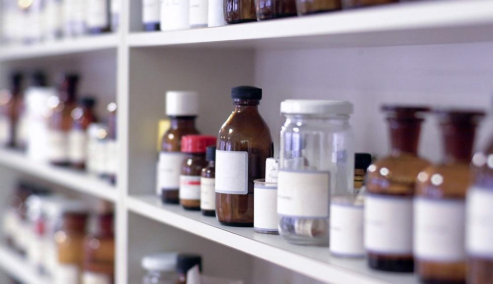 Phenoxyethanol thường được sử dụng trong phòng thí nghiệm
