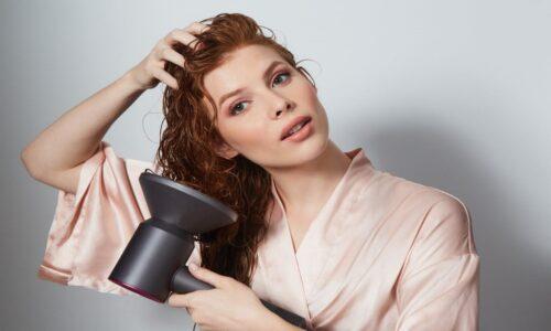 7 bí quyết giúp cho lọn tóc đẹp và giữ nếp suốt ngày