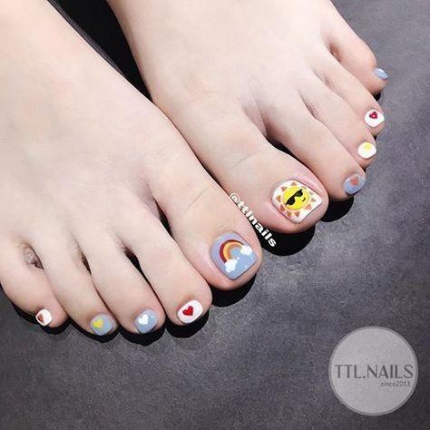 Nail móng chân dễ thương 13