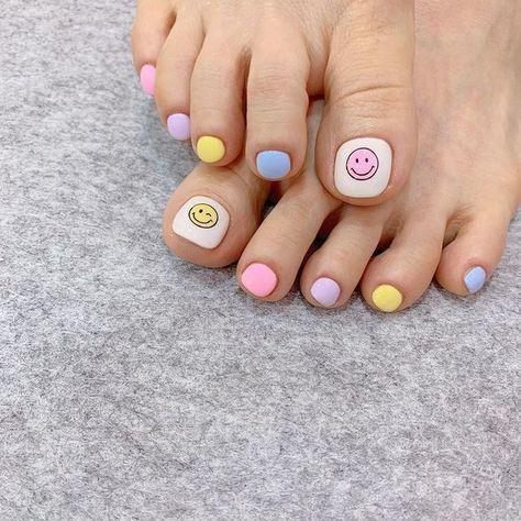 Nail móng chân dễ thương 22