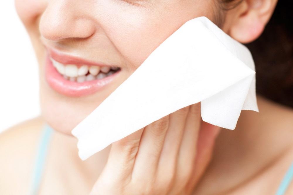 Sửu dụng khăn vải còn góp phần tăng sản xuất collagen đem lại làn da căng mịn