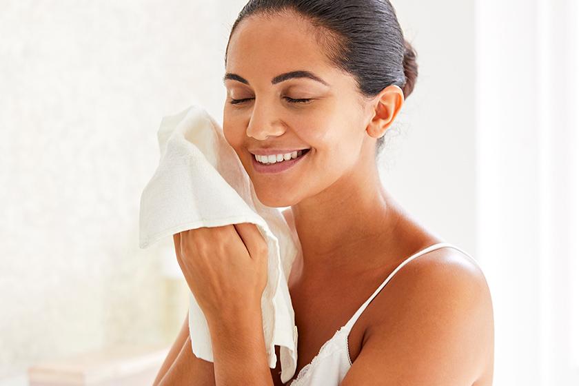 Sử dụng vải Muslin giúp nhẹ nhàng loại bỏ tế bào chết trên da