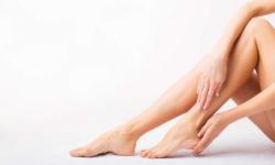 10+ cách che khuyết điểm sẹo ở chân khi mặc váy đáng thử nhất 2021