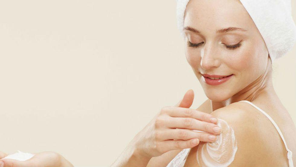 Glycerin giúp bảo vệ da khi tiếp xúc với các chất tẩy rửa