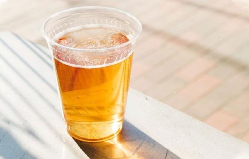 Trị mụn bằng bia có tốt không